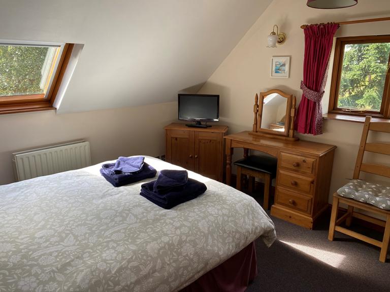 Chestnuts double bedroom 1